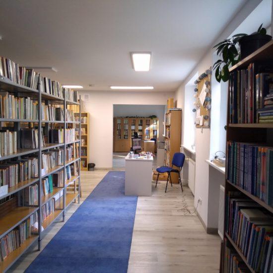 biblioteka3_800x600